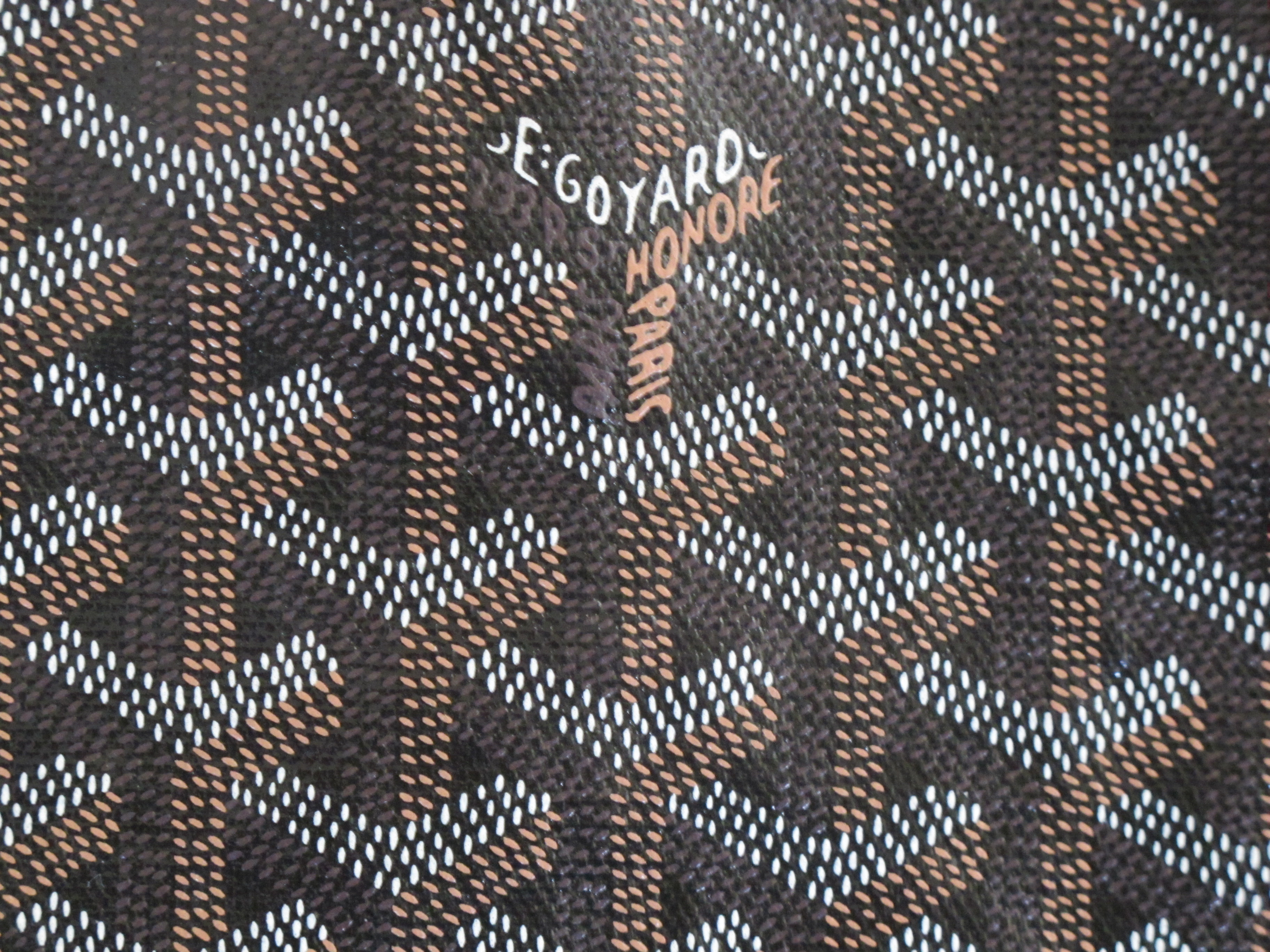 How To: Goyard's Repeating Pattern - YouTube